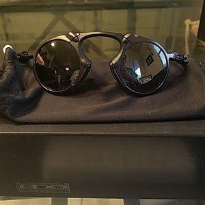 Nu oakley madman polarized sunglasses pewter/black